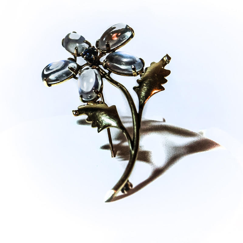 Gold Flower Pin